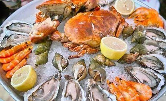 吃海鲜禁忌问题 螃蟹是用避孕药喂大的吗 海鲜+维C=砒霜?
